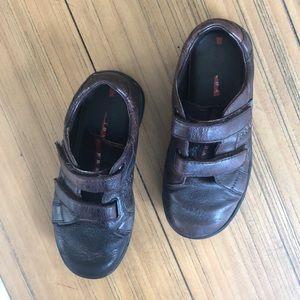 Size 30 boys leather sneakers Prada